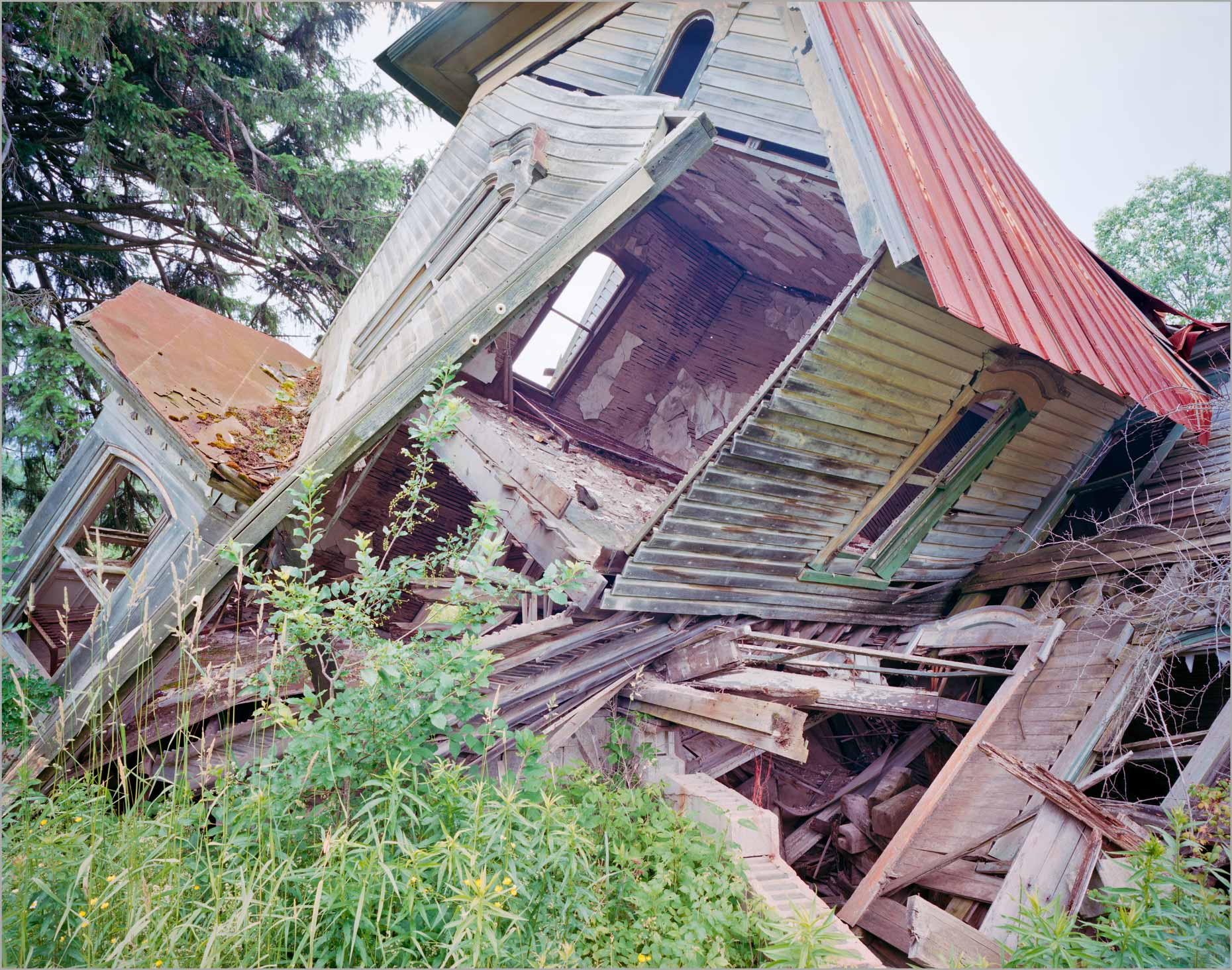 Collapsing House